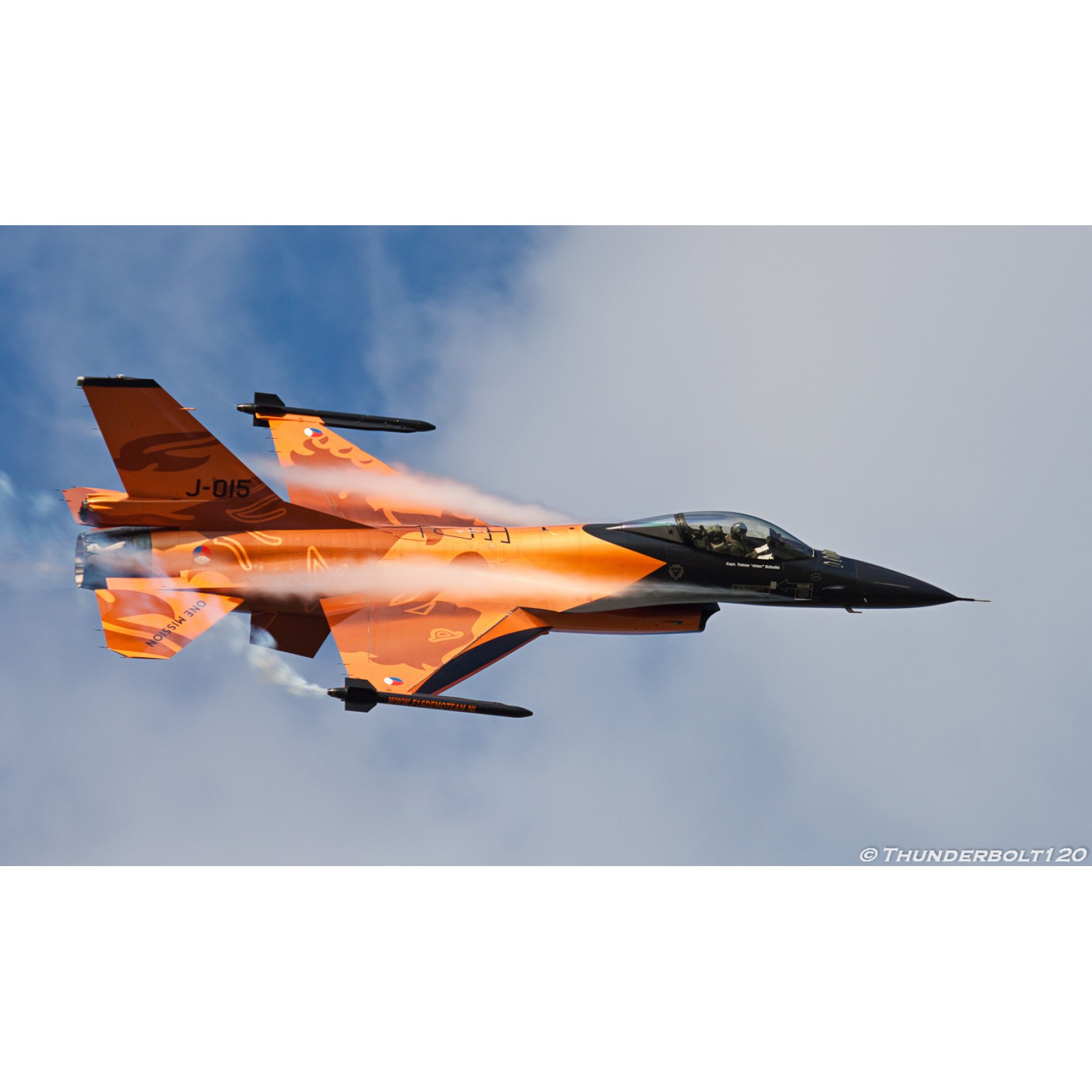 MRP-207  LIGHT  ORANGE  F-16